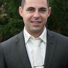 Zeev Stolin